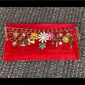 NWOT Gold Charm bracelet w/ flowers, rhinestones